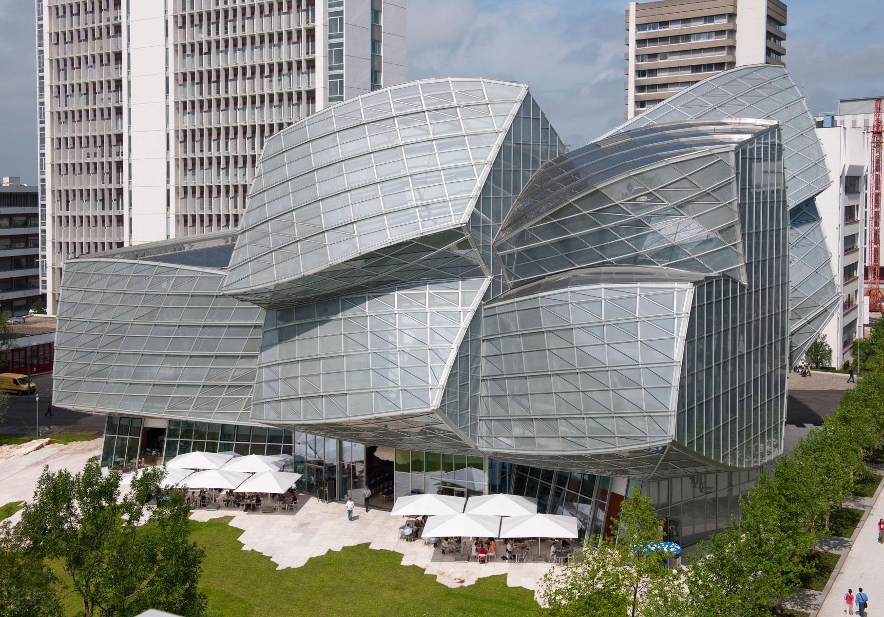 Gehry Building Novartis.jpg